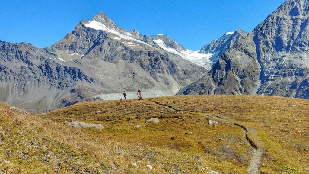 Tour du Grand Combin - Patrik Gerbaz MTB Guide - Valle D'Aosta