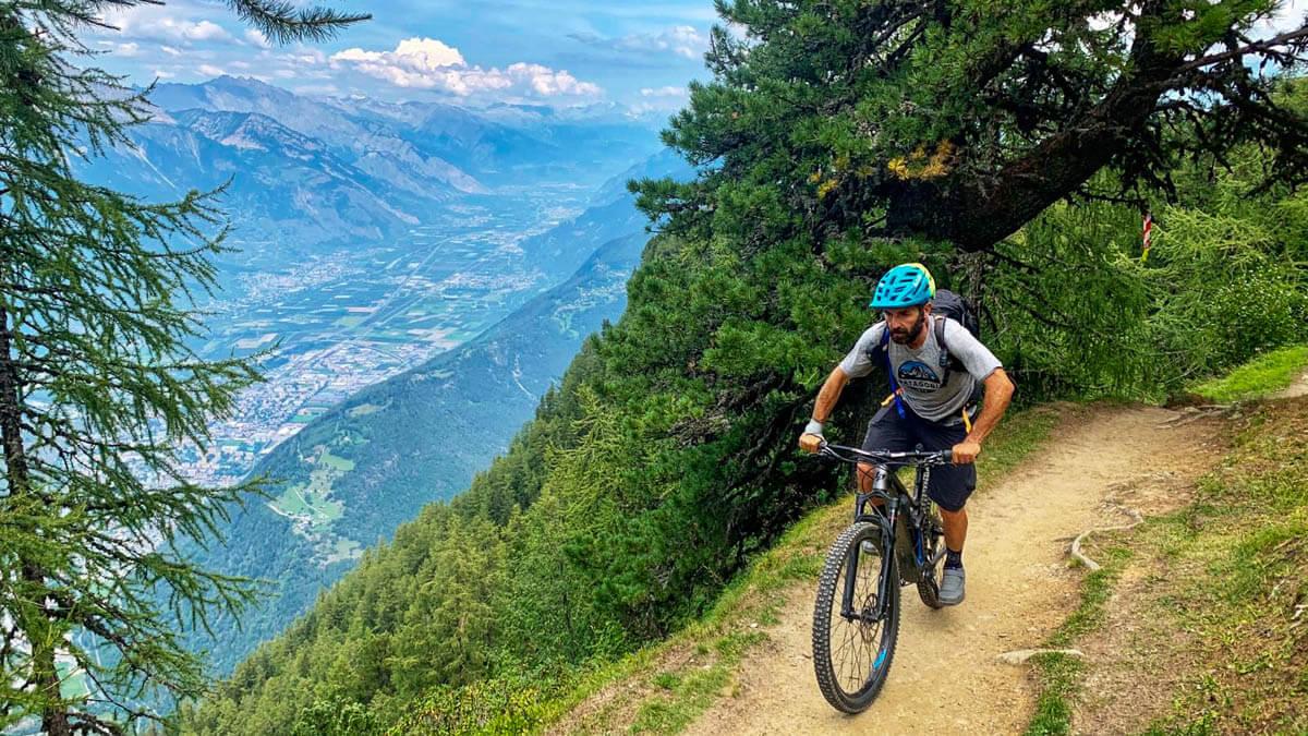 Tour du Mont Blanc - Patrik Gerbaz MTB Guide - Valle D'Aosta